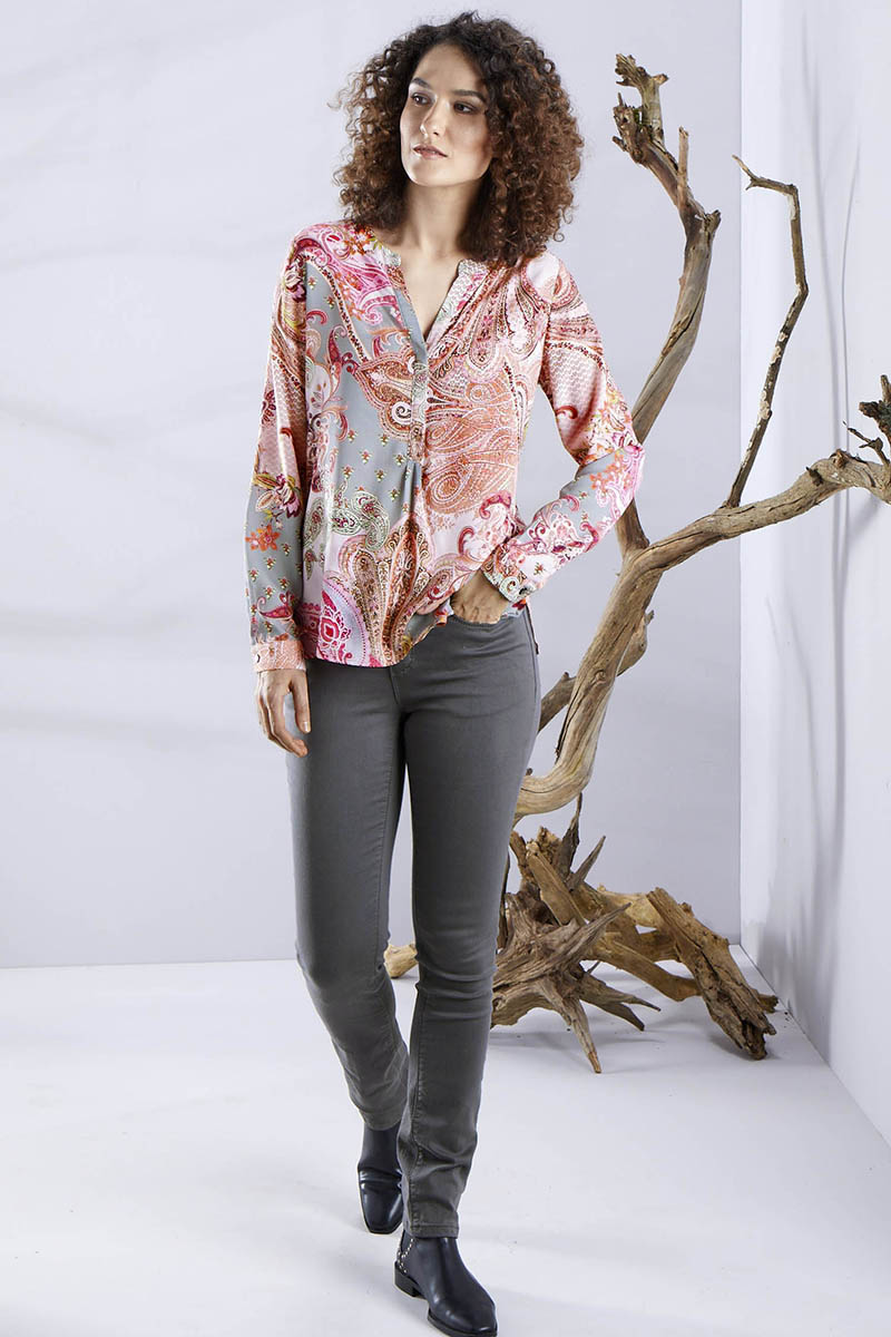 EDLE BLUSE MIT PAISLEYMUSTER